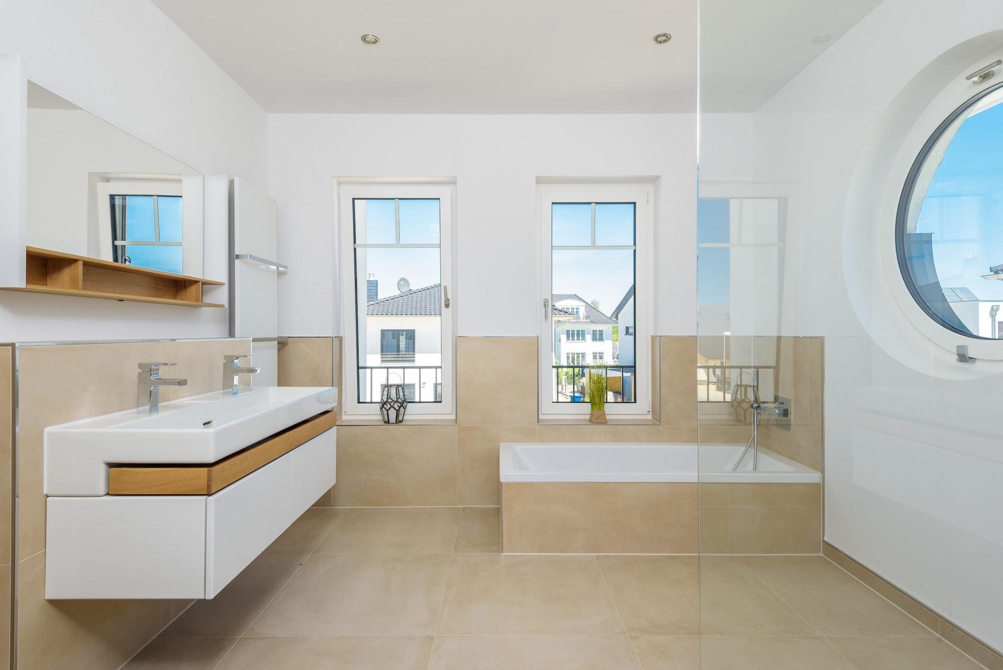 stadtvilla-mit-ausgebautem-dachgeschoss