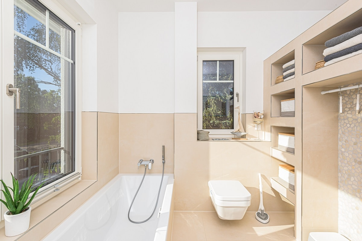 stadtvilla-badezimmer-trockenbauregal